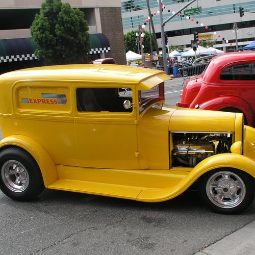1929 Ford delivery yellow wallpaper