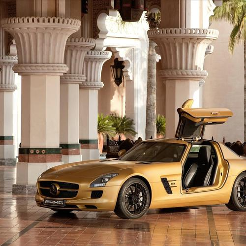2010 Mercedes Sls Amg in the lobby of hotel wallpaper