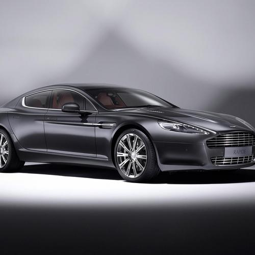 2011 Aston Martin Rapire Luxe wallpaper
