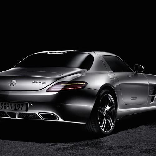 2011 Mercedes Benz SLS AMG 6 wallpaper