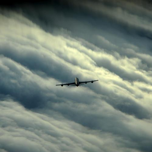 Akc-135 aircraft in sky wallpaper