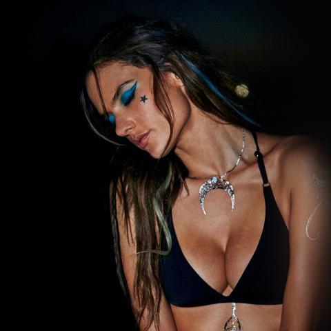 alessandra ambrosio dark girl victoria model