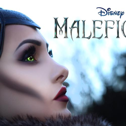 Angelina Jolie in Maleficent 2014 movie wallpaper