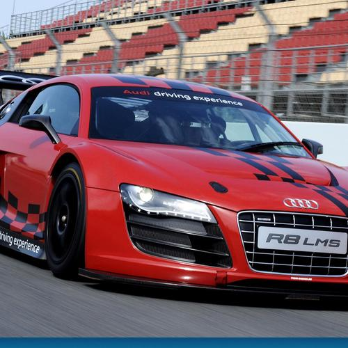 Audi R8 race wallpaper