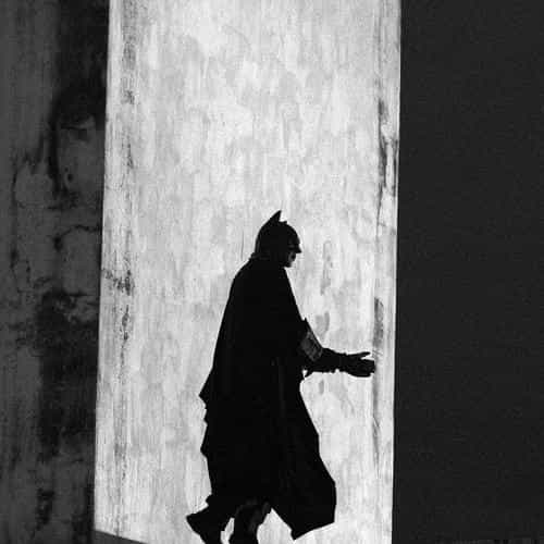 batman street art dark hero