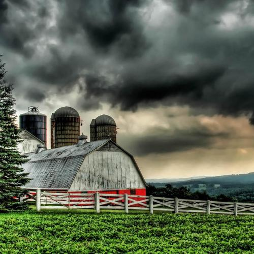 Beautiful barn under stormy skies Hdr wallpaper