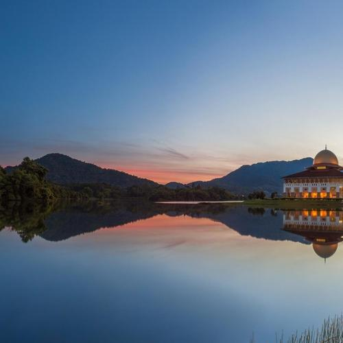Beautiful Mosque reflection on the lake