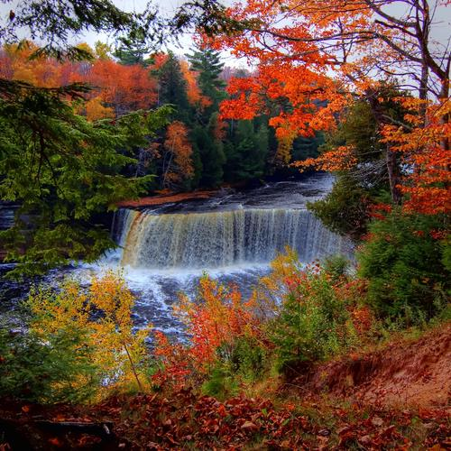Beautiful Tahquamenon Falls