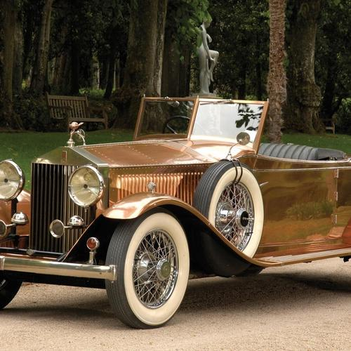 Beautifully Restored Rolls Royce wallpaper