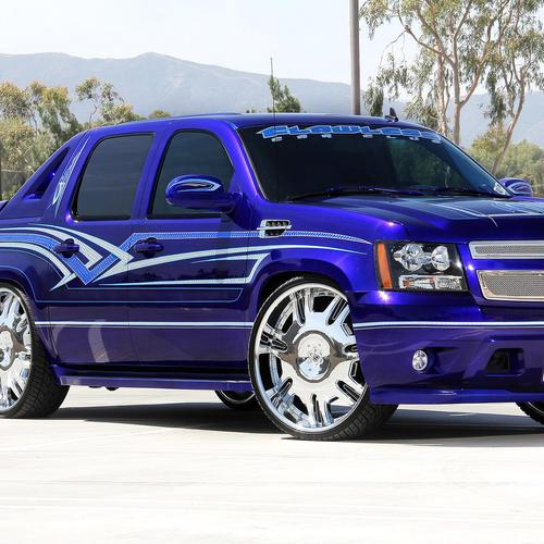 Blue Chevrolet Avalanche