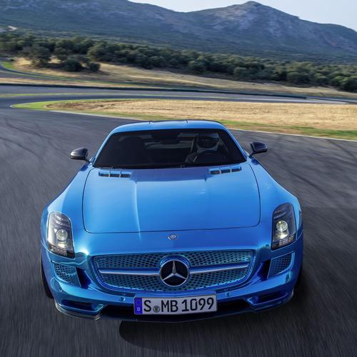 Blue Mercedes Benz wallpaper