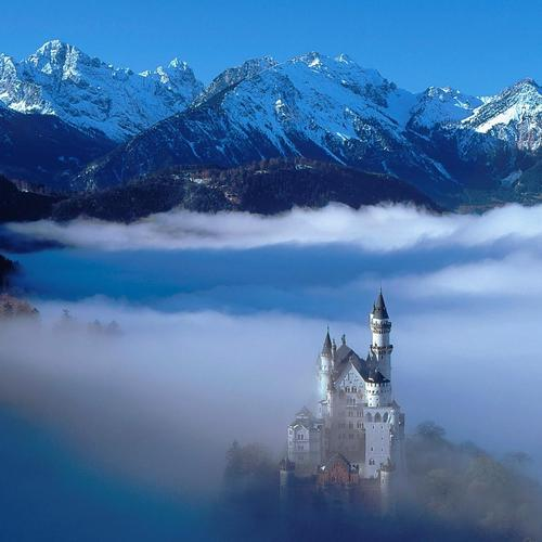Castle in the foothills of the Alps wallpaper