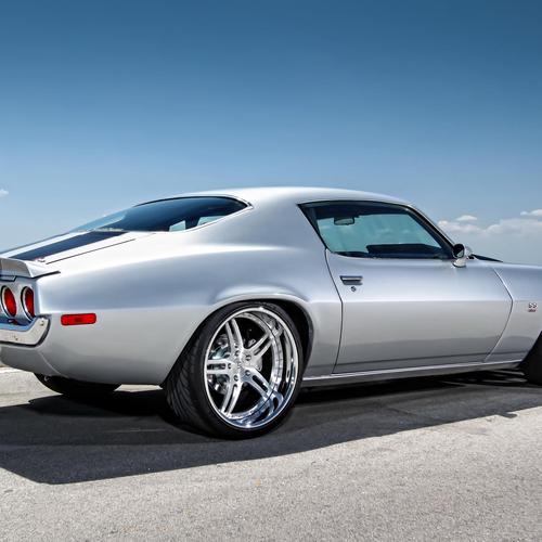 Chevy Camaro muscle car tapeta