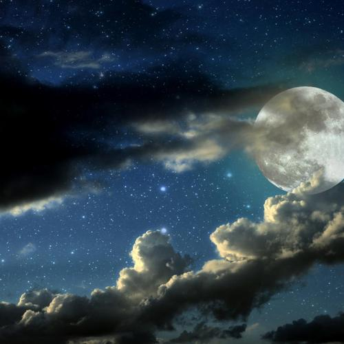 Cloudy moon wallpaper