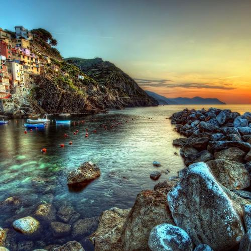 Coastal town in Italy wallpaper