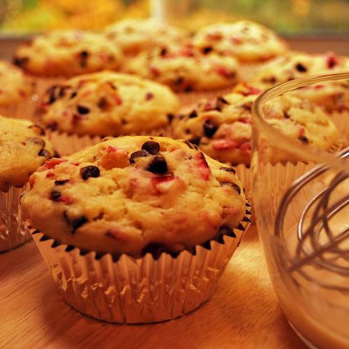 Cranberry chocolate chip muffins wallpaper