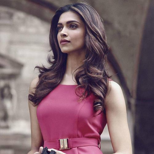 Deepika Padukone Pink Beauty wallpaper