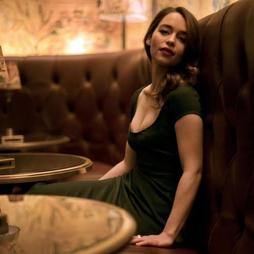 Emilia Clarke in the restaurant wallpaper