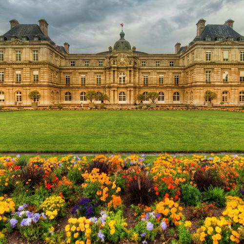 Garden At A Paris Castle wallpaper