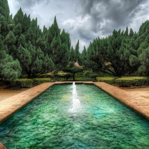 Garden pool Fountain wallpaper