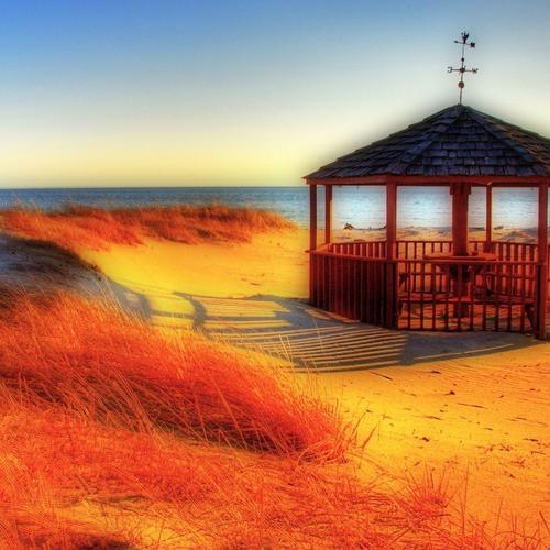 Gazebo On The Beach in blur effect wallpaper