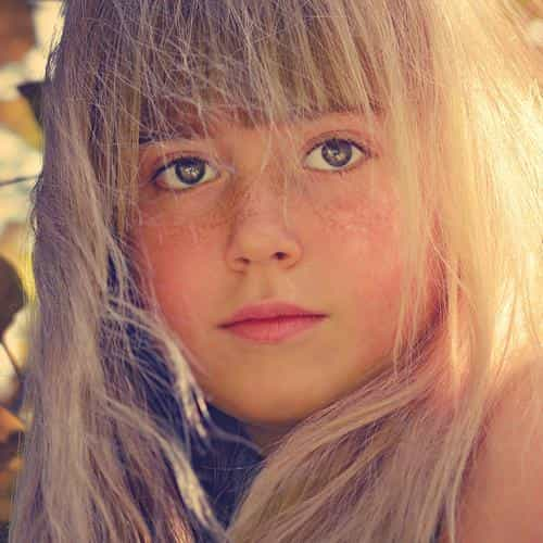 girl child blonde flare cute