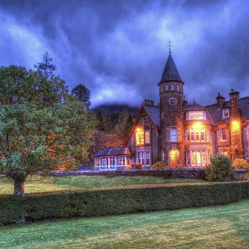 Gorgeous mansion at dusk Hdr