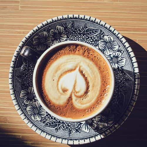 heart coffee cappuccino cup light table