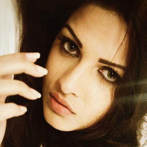 Himanshi Khurana Punjabi Girl wallpaper