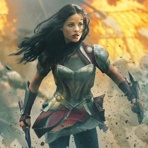 Jaimie Alexander in Thor 2 film behang
