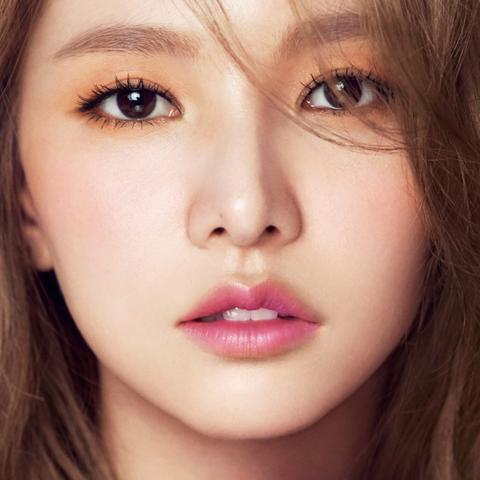 kpop girl flower cute pink red