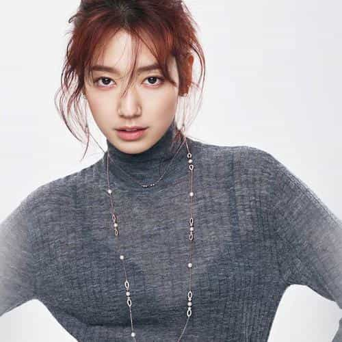 kpop girl pose photoshoot park shinhye