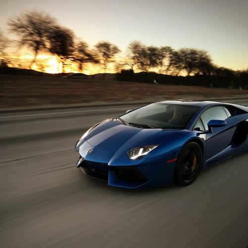 Lamborghini Aventador LP 700-4 Speed Street wallpaper