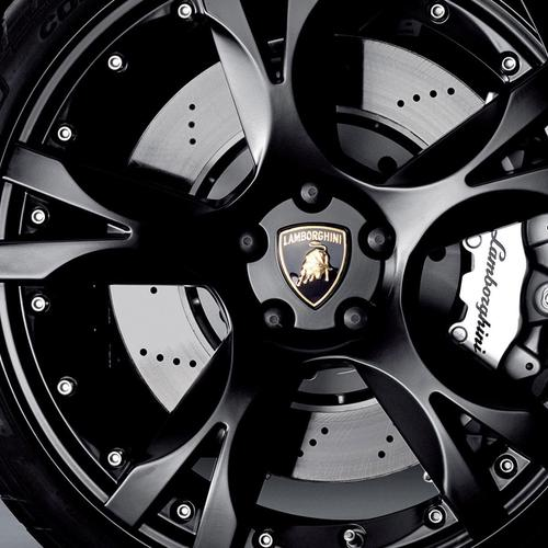 Lamborghini Black wheel