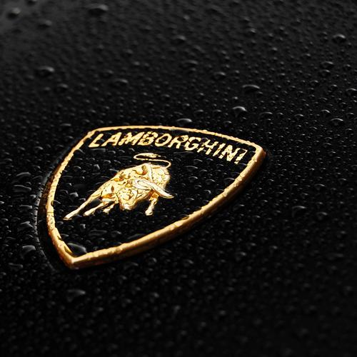 Lamborghini Logo with waterdrops