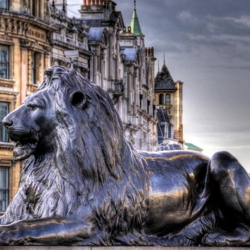 Lion sculpture At Trafalgar Square