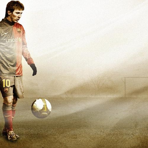Lionel Messi in dusk wallpaper