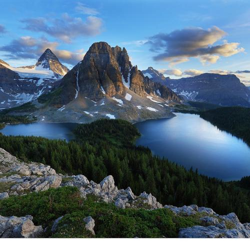 Download Mountains and lakes High quality wallpaper