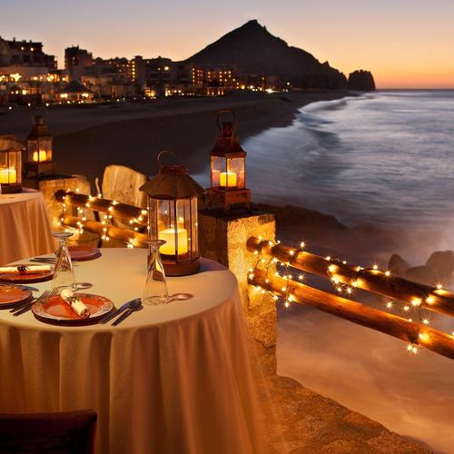 Ocean Dining At Sunset wallpaper