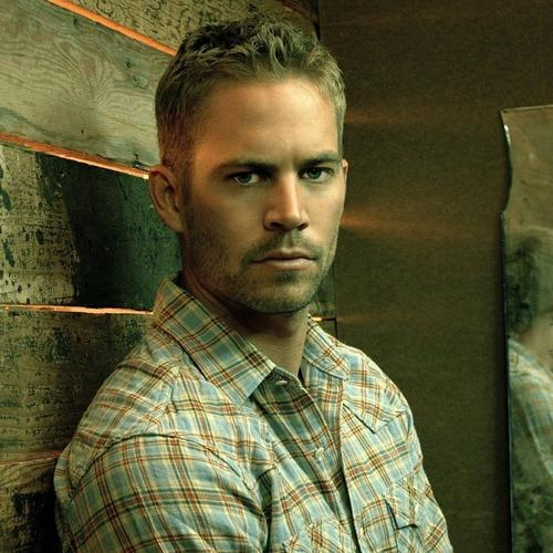 Paul Walker leaning on the wall