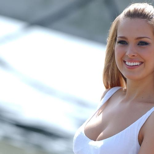 Petra Nemcova in sexy white tank top wallpaper