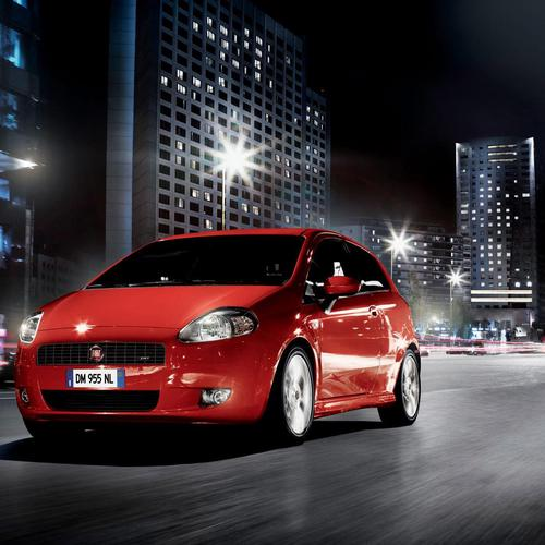 Red Fiat Gr Punto wallpaper
