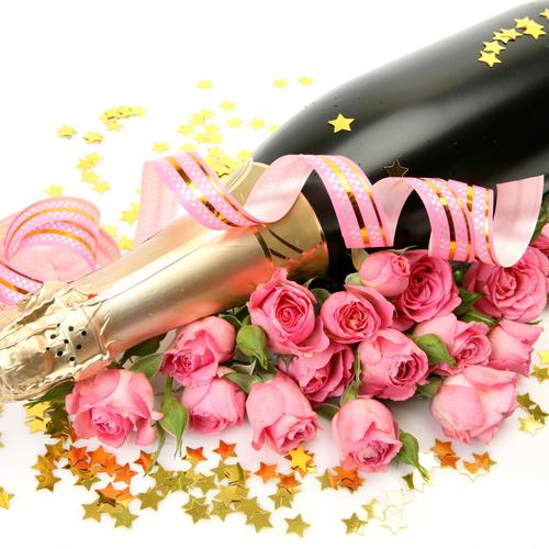 Roses and champagne wallpaper
