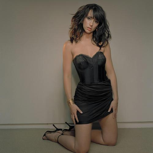 Sexy Jennifer Love Hewitt in black dress