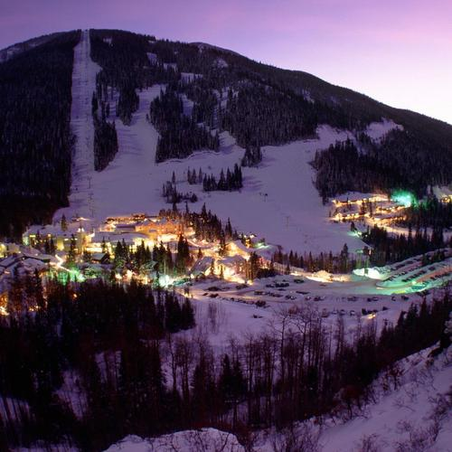 Ski resort in purple light wallpaper