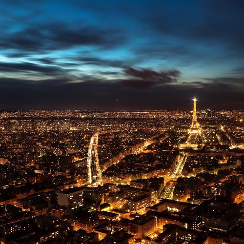 Splendid Paris in night
