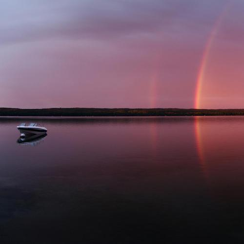 Splendid rainbow at Sugar Lake wallpaper