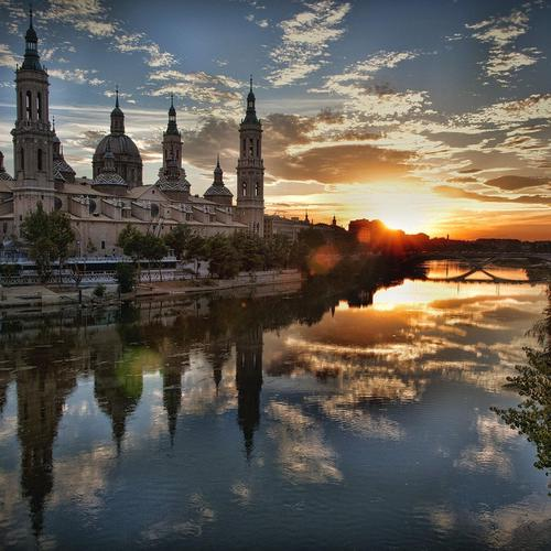Splendid sunrise at Zaragoza - Spain wallpaper