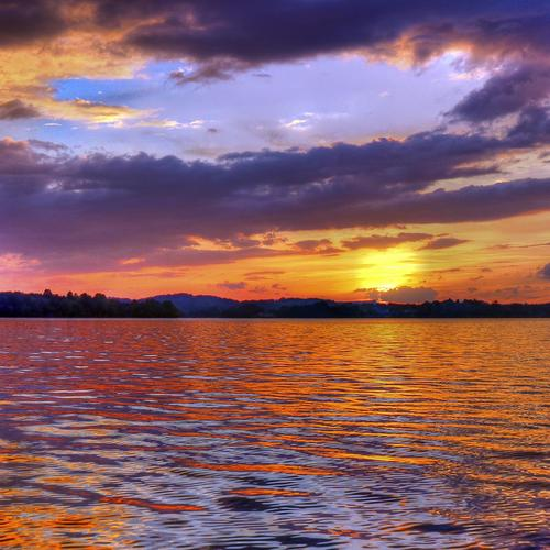Splendid Tellico Lake in East Tennessee at sunset wallpaper