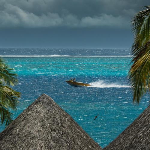 Stormy sky at Tahiti wallpaper